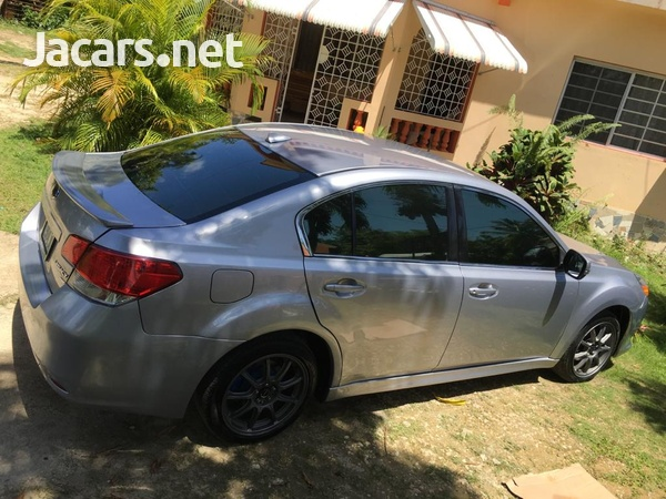 Subaru Legacy 2,0L 2011-9