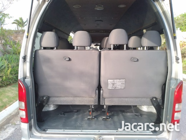 Toyota Hiace 3,0L 2012-12