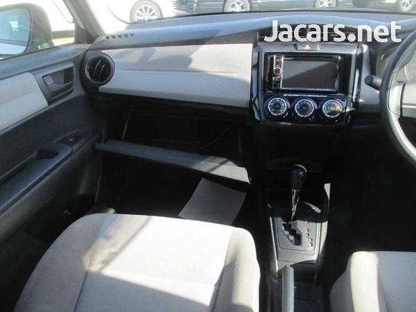 Toyota Corolla 1,5L 2015-7