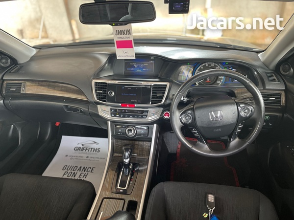 Honda Accord 2,0L 2013-7