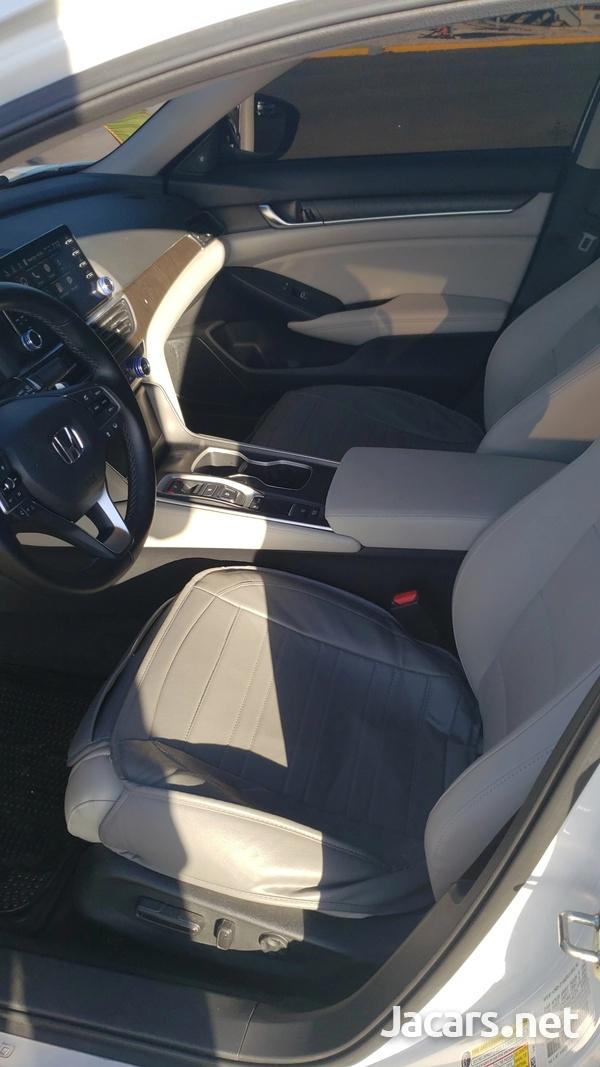 Honda Accord 2,0L 2019-4