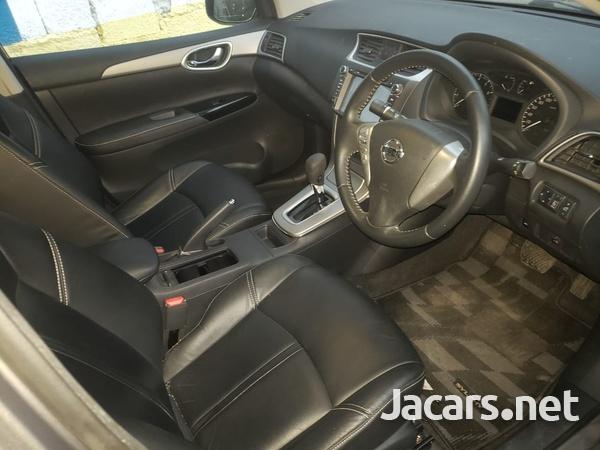 Nissan Sylphy 2,0L 2015-2