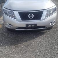 Nissan Pathfinder 2,5L 2014