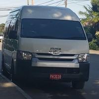 Toyota Hiace Bus 2017