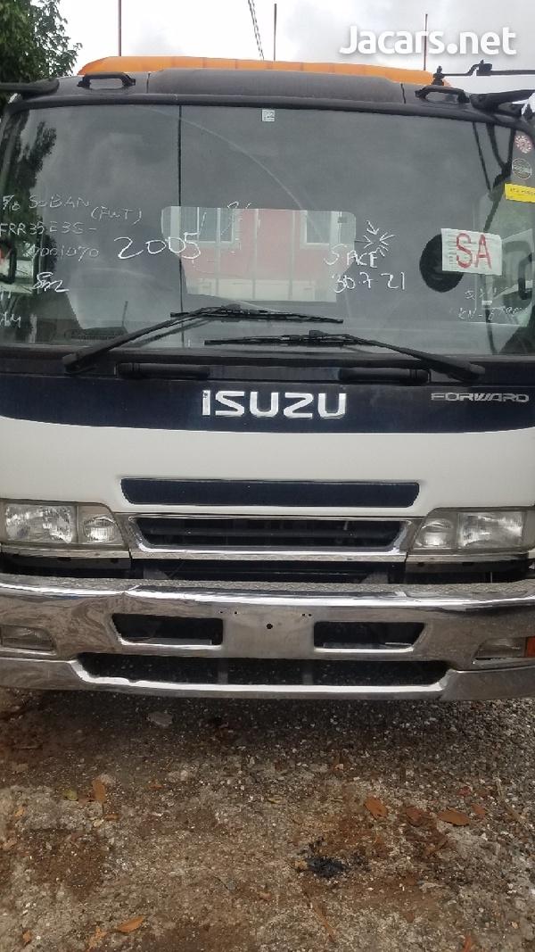 2005 Isuzu Forward-2