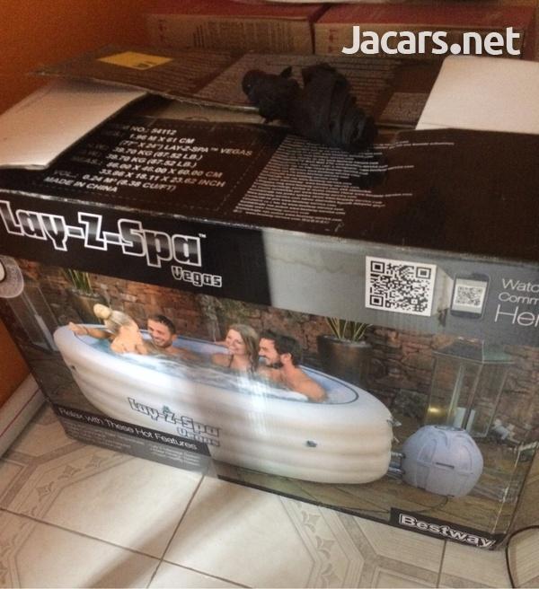 Hot tub-1