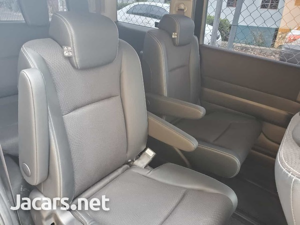 Honda Step wagon 2,0L 2013-2