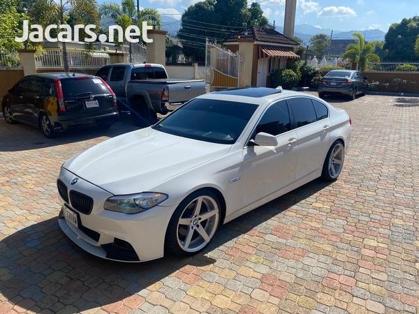 BMW 5-Series 4,4L 2013-1