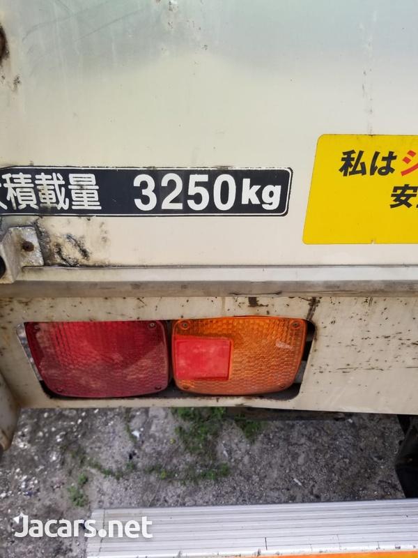 2005 Hino Ranger Truck-9