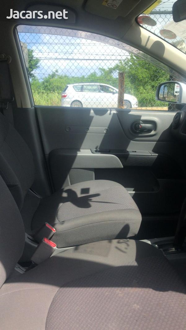 Nissan AD Wagon1,5L 2016-7