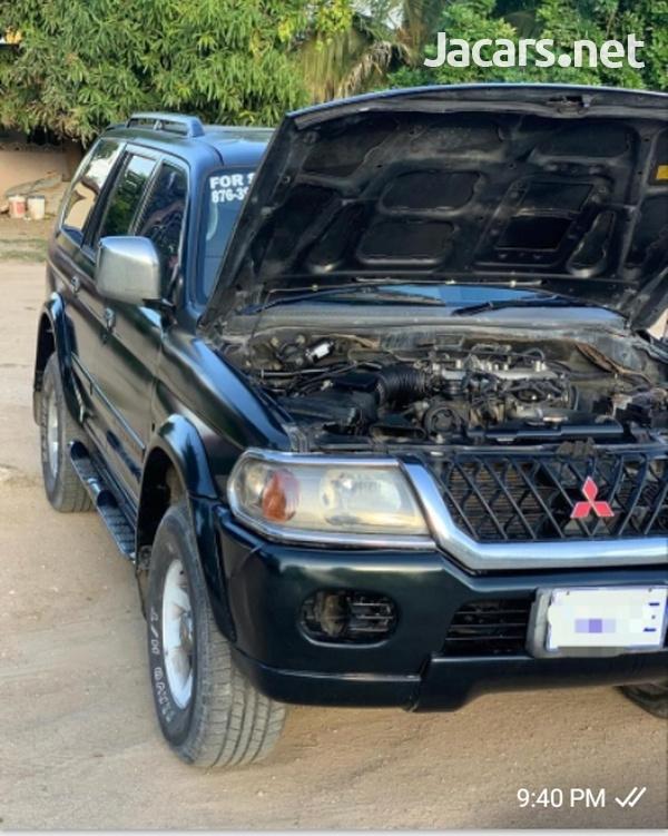 Mitsubishi Montero 3,0L 2003-1