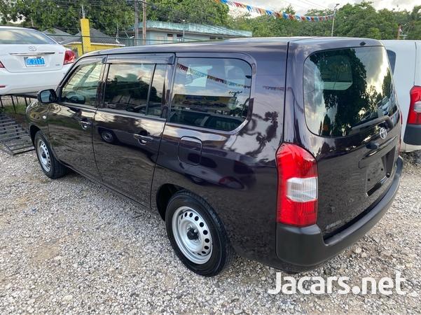 Toyota Succeed 1,5L 2017-6
