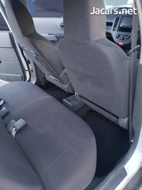 Nissan AD Wagon 1,5L 2014-9