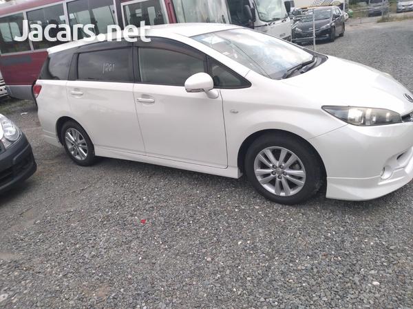 Toyota Wish 1,8L 2012-12