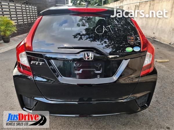 Honda Fit 1,4L 2013-5