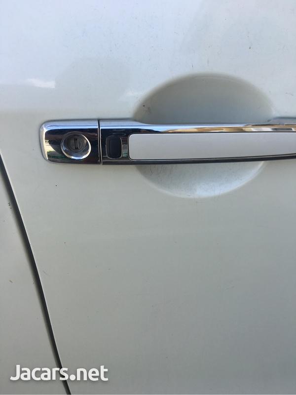 Nissan Sylphy 2,0L 2011-6