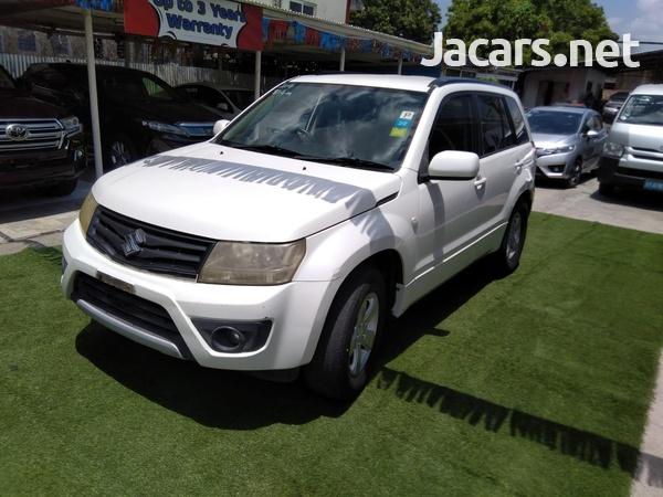 Suzuki Grand Vitara 2,0L 2013-3