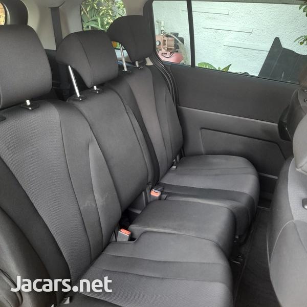 Mazda Premacy 2,0L 2016-8