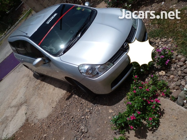 Nissan Wingroad 1,5L 2015-4