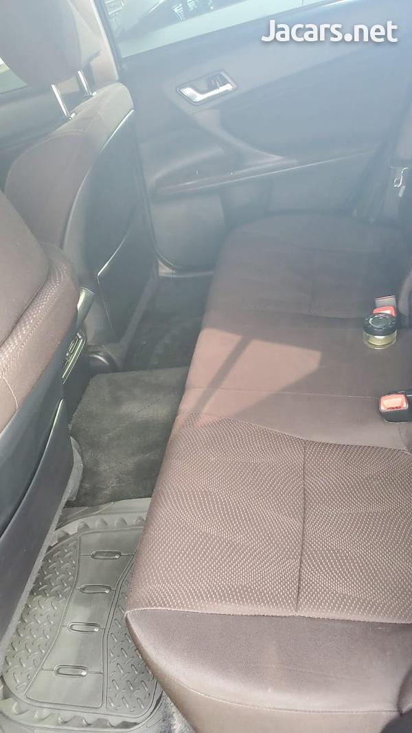 Toyota Mark X 2,2L 2015-6
