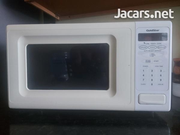 Used GoldStar Microwave-1
