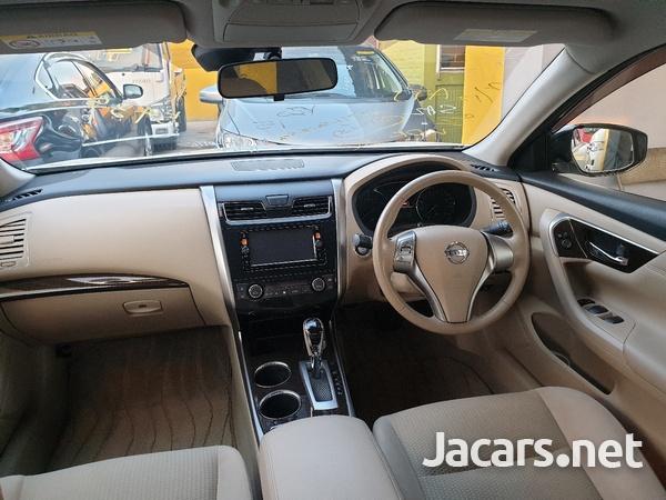 Nissan Teana 2,4L 2015-5