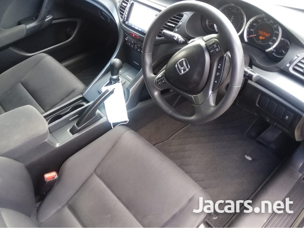 Honda Accord 2,0L 2011-5