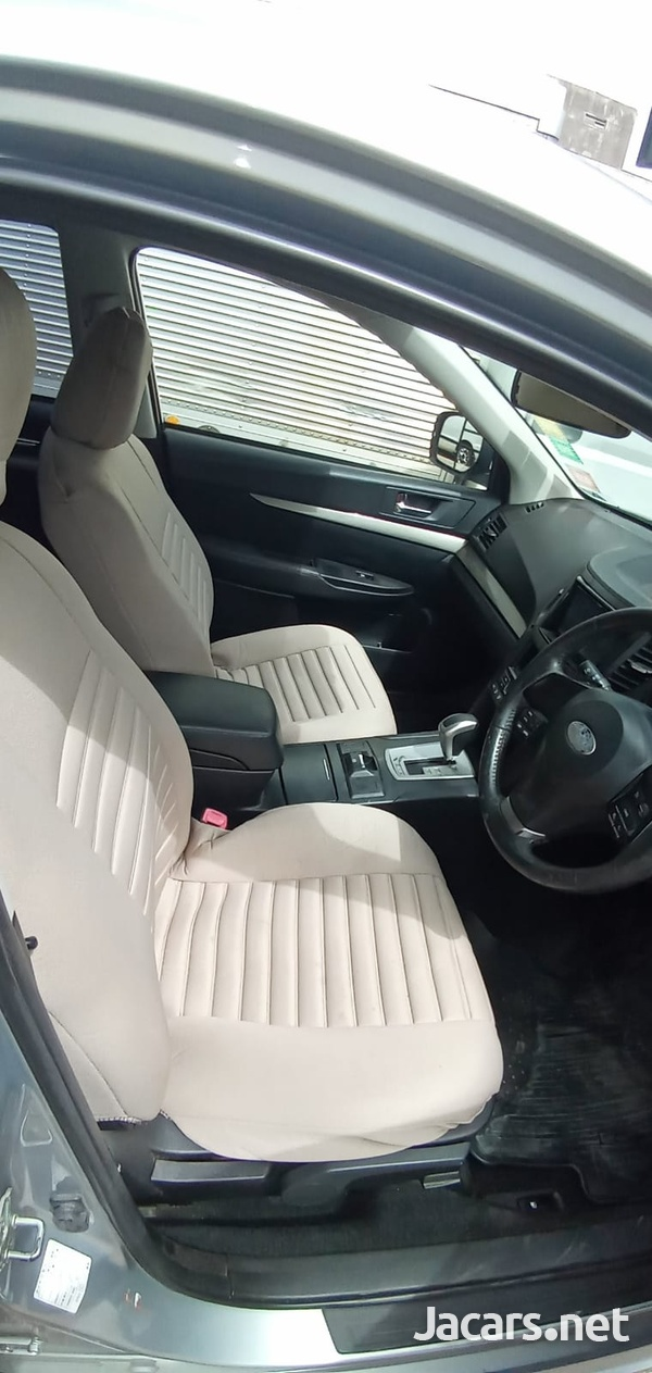Subaru Legacy 1,6L 2013-5