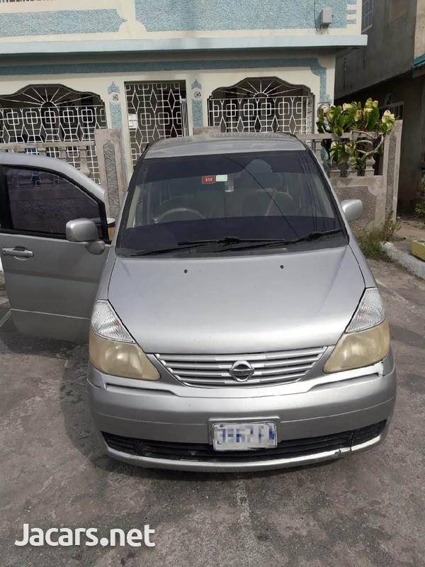 Nissan Serena 2,0L 2003-1