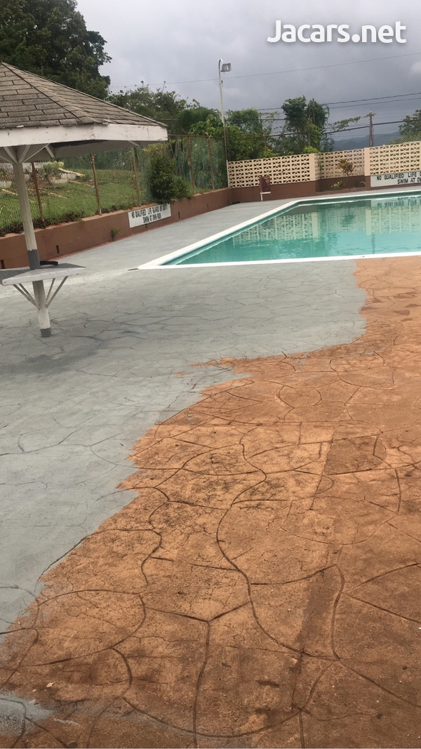 Swimming pool services and maintenance-1