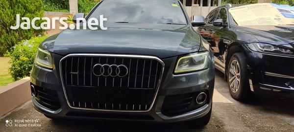 Audi Q5 2,0L 2014-5