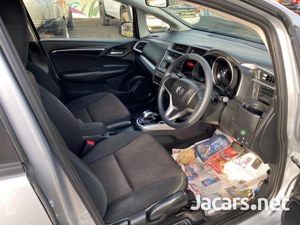 Honda Fit 1,4L 2015-8