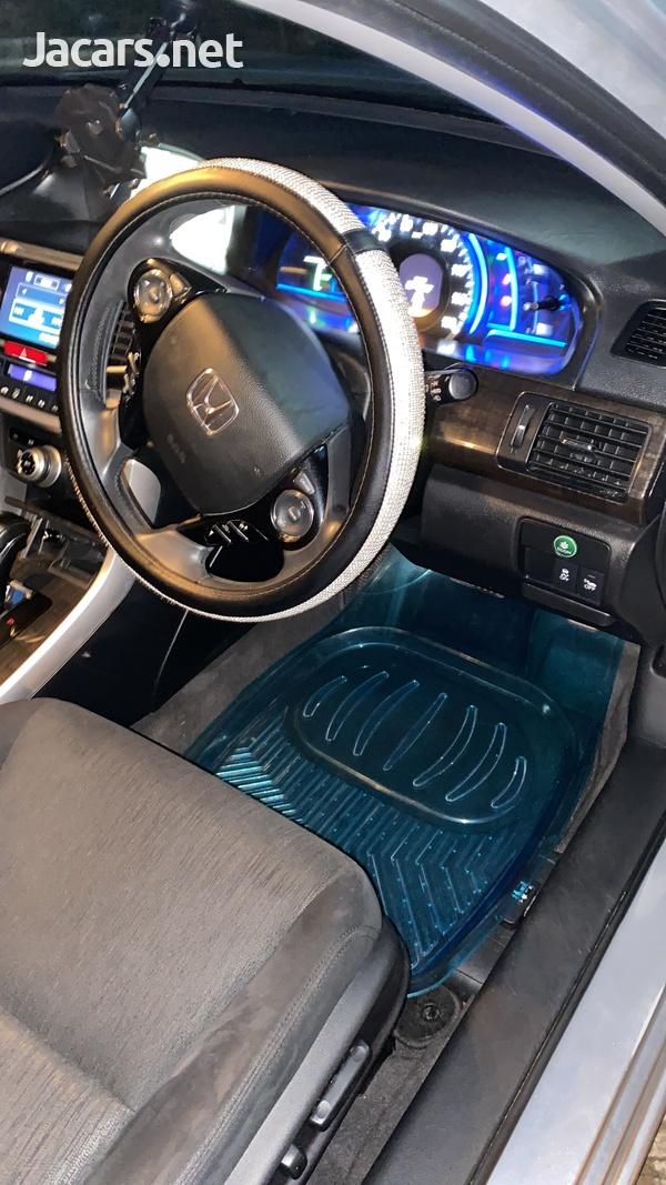 Honda Accord 2,4L 2014-9