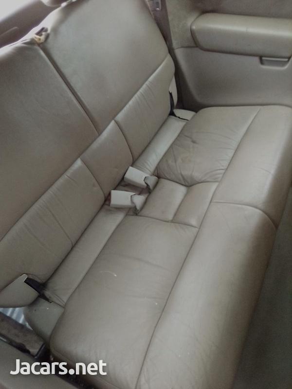 Honda Odyssey 1,8L 2002-8