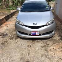 Toyota Wish 1,7L 2011