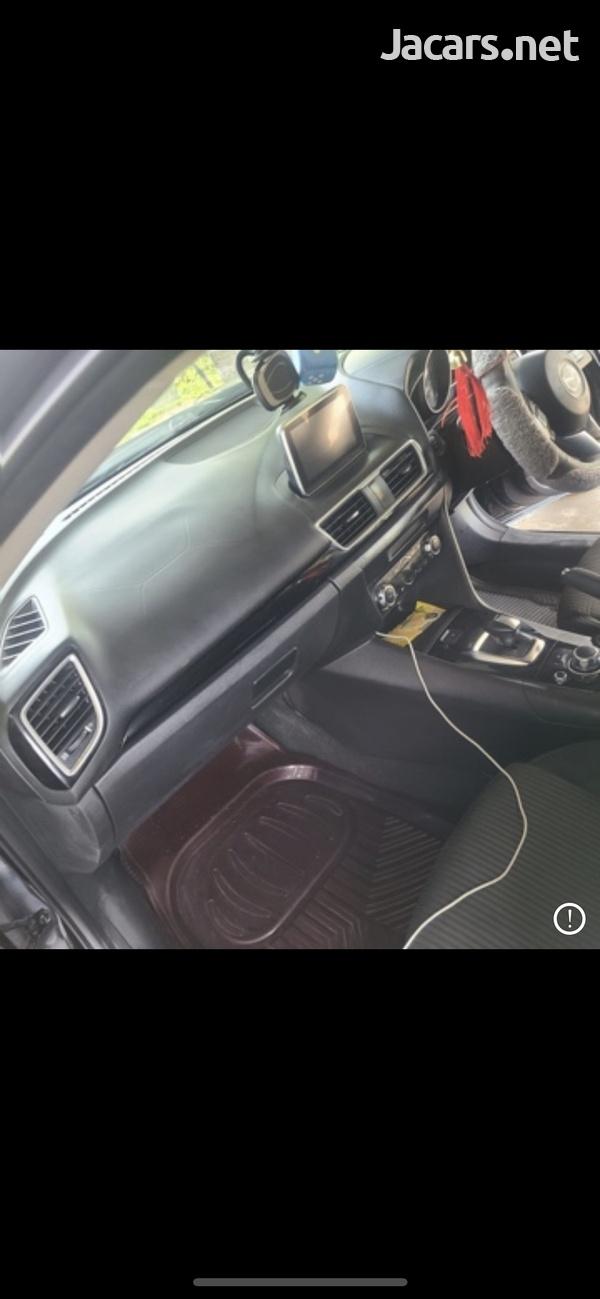 Mazda Axela 1,5L 2015-8