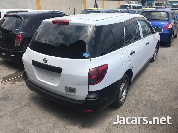 Nissan AD Wagon 1,5L 2013-7