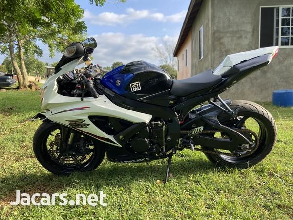 08 Suzuki GSX R-2