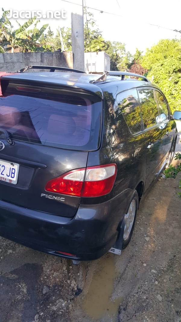 Toyota Picnic 1,9L 2004-6