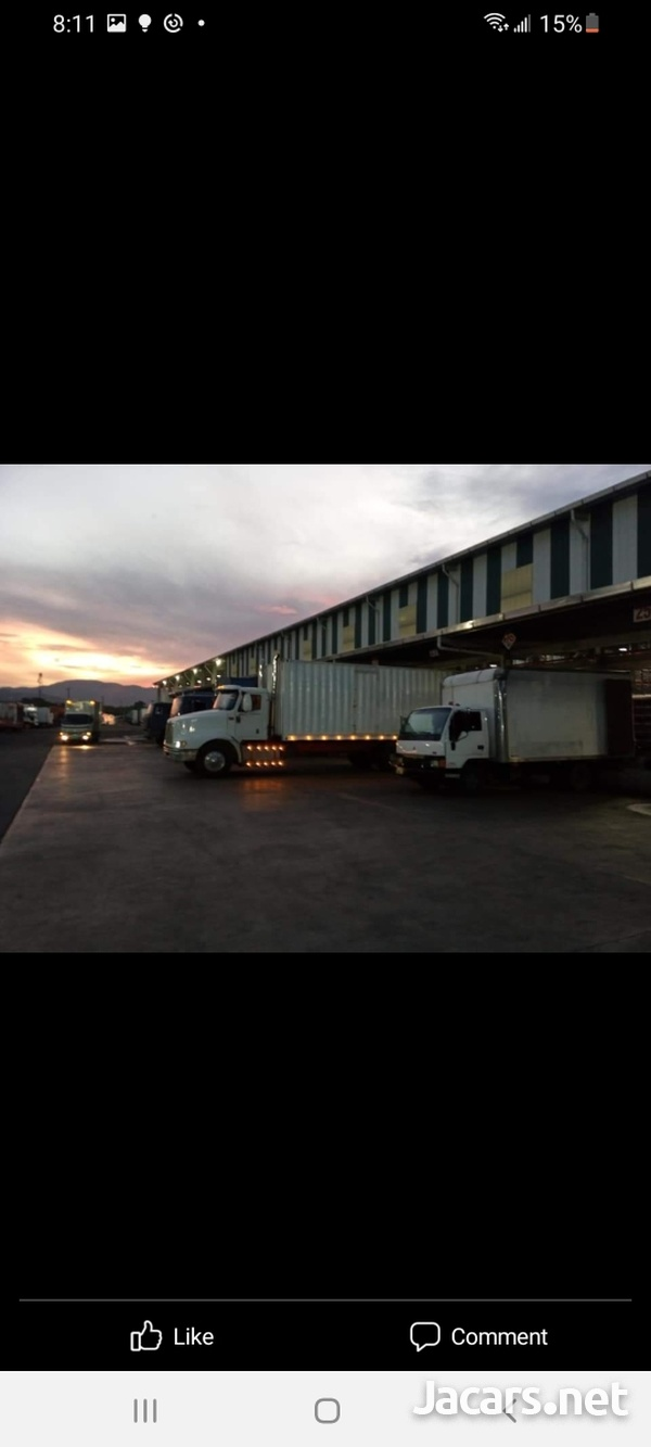 2007 9200 Box Truck-5