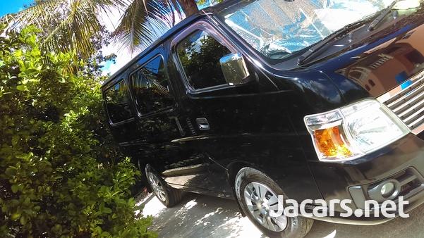 2011 Nissan Caravan-2