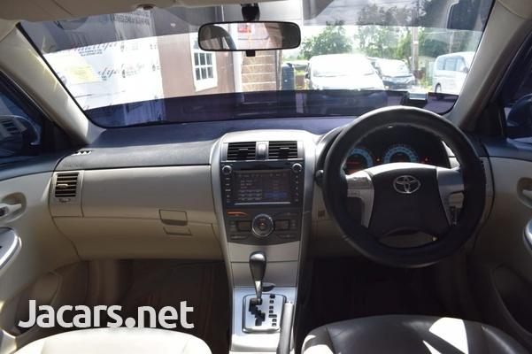 Toyota Corolla Altis 1,5L 2012-7