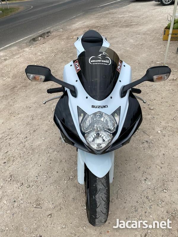 2015 Suzuki gxsr 600-3