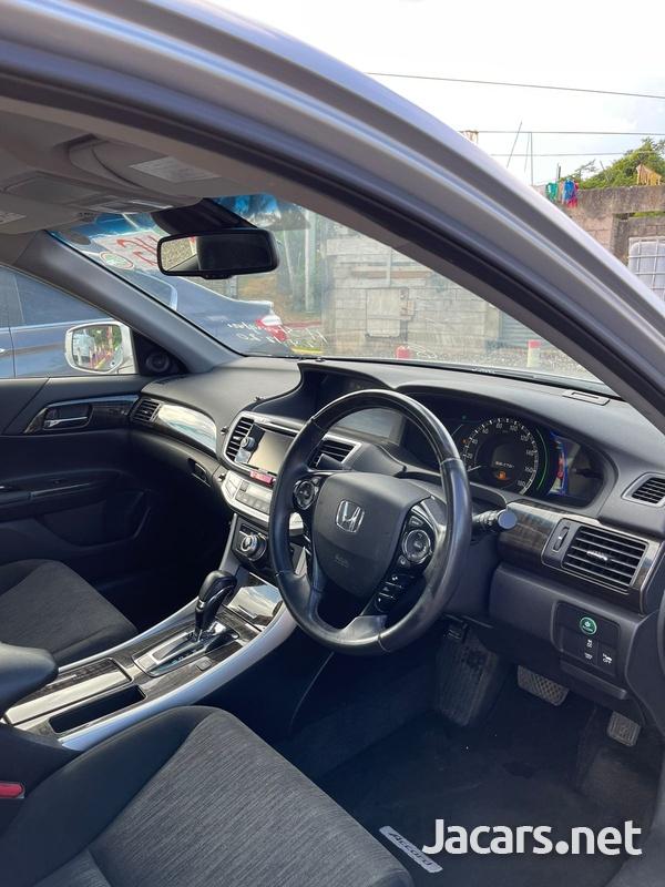 Honda Accord 2,4L 2013-9
