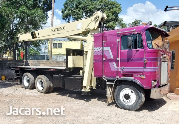 2000 Kenworth Boom Truck National Crane-1