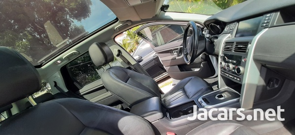 Land Rover Discovery Sport 2,0L 2017-10
