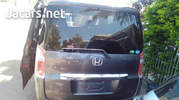 Honda Step wagon 2,0L 2014-3