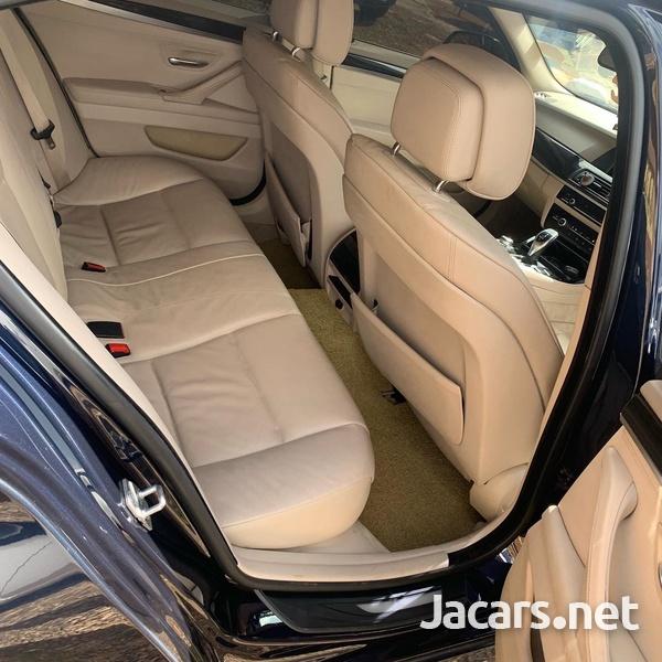 BMW 5-Series 2,0L 2011-6
