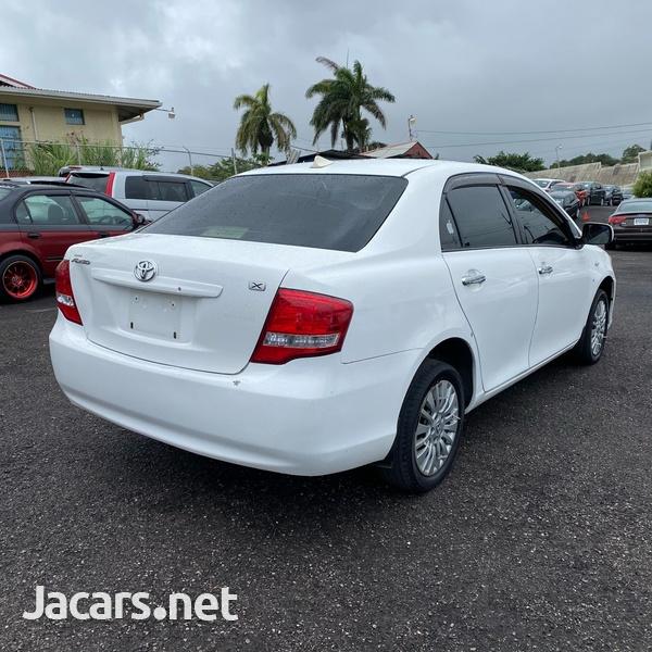 Toyota Axio 1,5L 2009-4