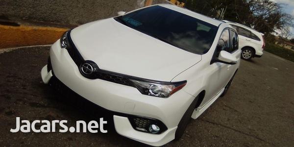 Toyota Scion 2,0L 2016-3